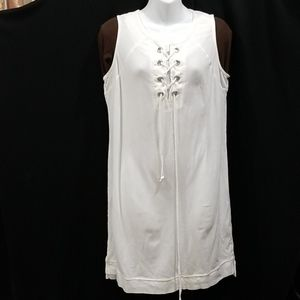 NEW DIRECTION  white top size medium